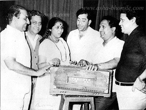 Shankar Jaikishen with Mohd Rafi, Asha Bhonsle and Raj Kapoor