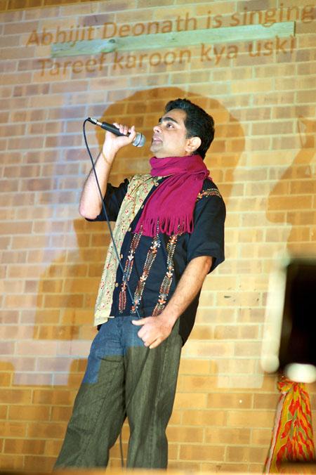 Abhijit Deonath singing Tareef karoon kya uski
