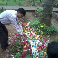 Mr. Kishore Makwana